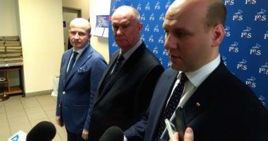 Szymon Szynkowski vel Sęk, Tadeusz Dziuba i Bartłomiej Wróblewski