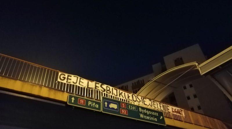 banery lgbt fot. czytelnik 800x445 - Poznań: W mieście pojawiły się banery wymierzone w środowisko LGBT+