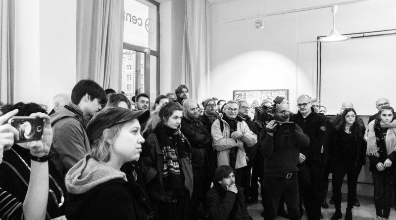 centrala otwarcie 6 800x445 - Centrala: wernisaż wystawy Deglet Nour Tytusa Grodzickiego