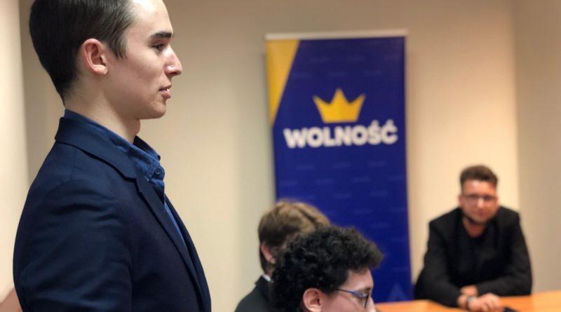 debata kara smierci 2 800x445 - Poznań: Młodzi politycy dyskutowali o karze śmierci