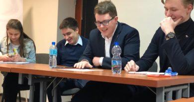 debata kara smierci 4 390x205 - Poznań: Młodzi politycy dyskutowali o karze śmierci