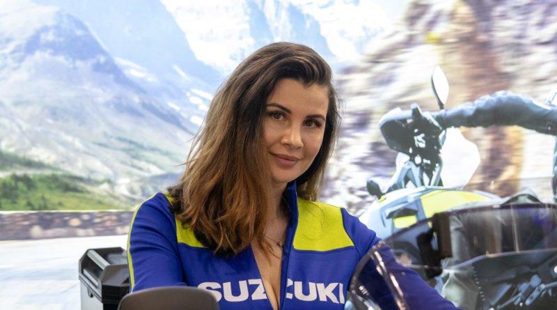 hostessy motorshow 2019 24 800x445 - Poznań Motor Show: Hostessy na zdjęciach!