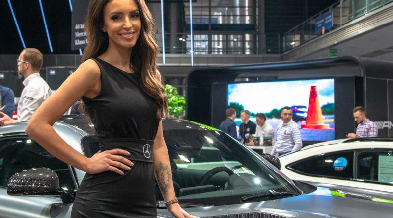 hostessy motorshow 2019 25 800x445 - Poznań Motor Show: Hostessy na zdjęciach!