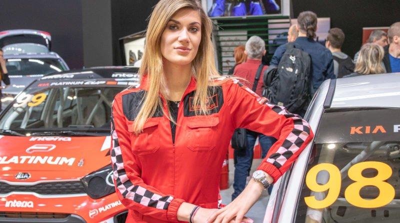 hostessy motorshow 2019 36 800x445 - Poznań Motor Show: Hostessy na zdjęciach!