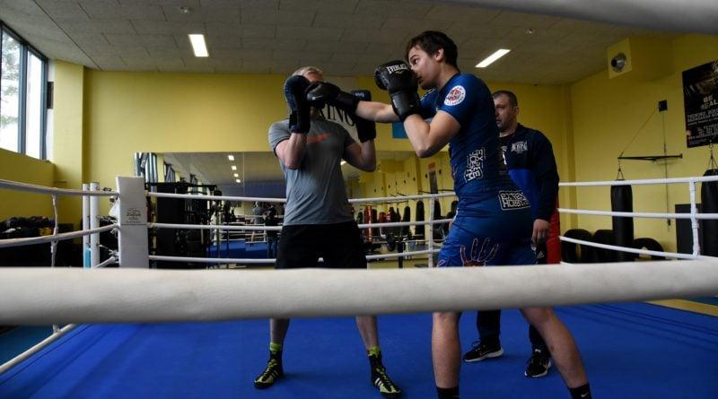 jacek jaskowiak trenuje boks fot. ump 10 800x445 - Poznań: Ponad pięć tysięcy złotych za trening z Jackiem Jaśkowiakiem
