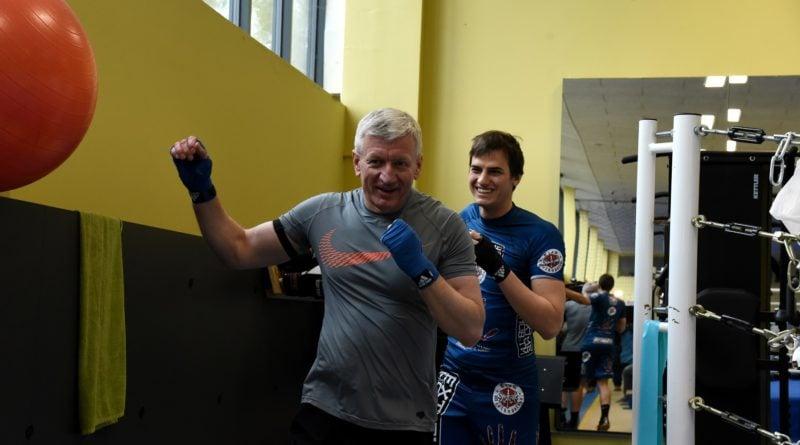 jacek jaskowiak trenuje boks fot. ump 7 800x445 - Poznań: Ponad pięć tysięcy złotych za trening z Jackiem Jaśkowiakiem