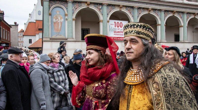 kaziuk wilenski 2019 23 800x445 - 26 Kaziuk Wileński w Poznaniu - Orszak królewski na Starym Rynku (zdjęcia)