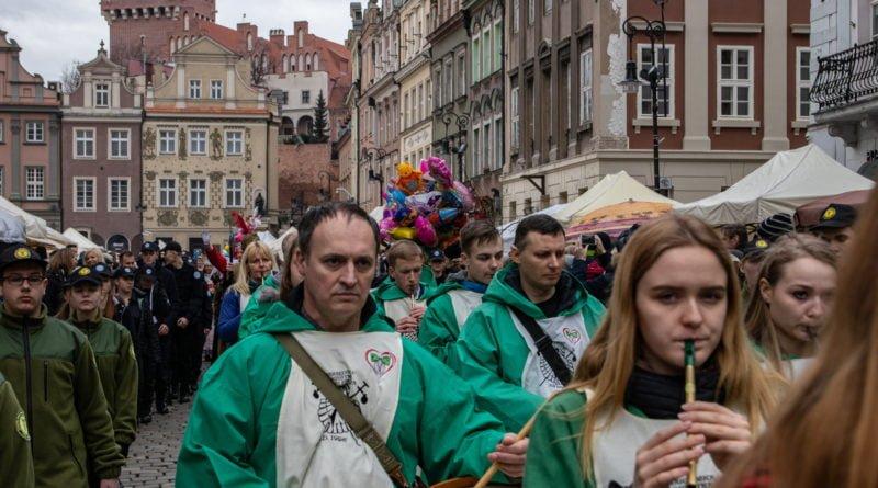 kaziuk wilenski 2019 39 800x445 - 26 Kaziuk Wileński w Poznaniu - Orszak królewski na Starym Rynku (zdjęcia)
