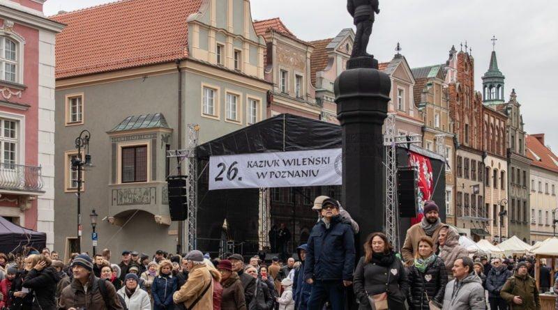 kaziuk wilenski 2019 4 800x445 - 26 Kaziuk Wileński w Poznaniu - Orszak królewski na Starym Rynku (zdjęcia)