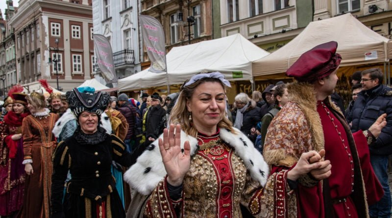 kaziuk wilenski 2019 51 800x445 - 26 Kaziuk Wileński w Poznaniu - Orszak królewski na Starym Rynku (zdjęcia)