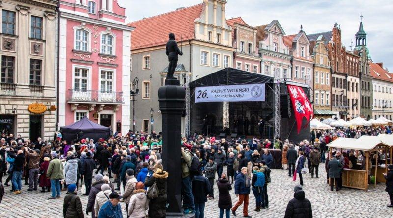 kaziuk wilenski 2019 58 800x445 - 26 Kaziuk Wileński w Poznaniu - Orszak królewski na Starym Rynku (zdjęcia)