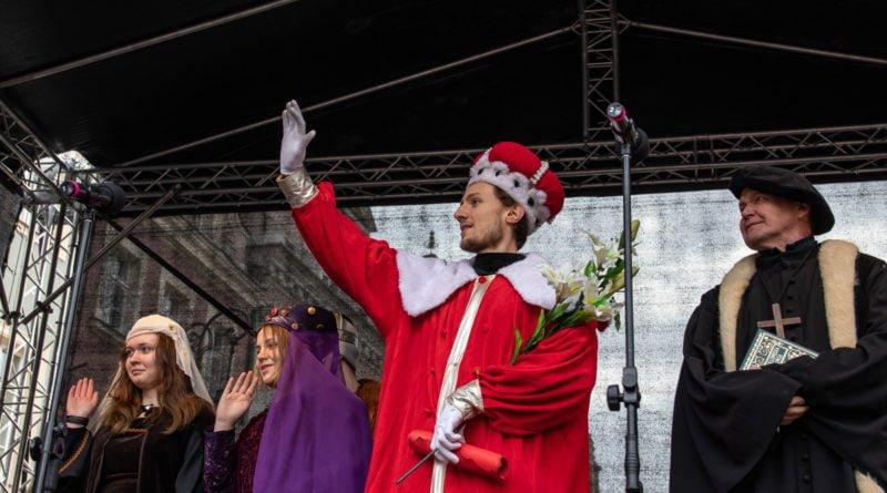 kaziuk wilenski 2019 59 800x445 - 26 Kaziuk Wileński w Poznaniu - Orszak królewski na Starym Rynku (zdjęcia)