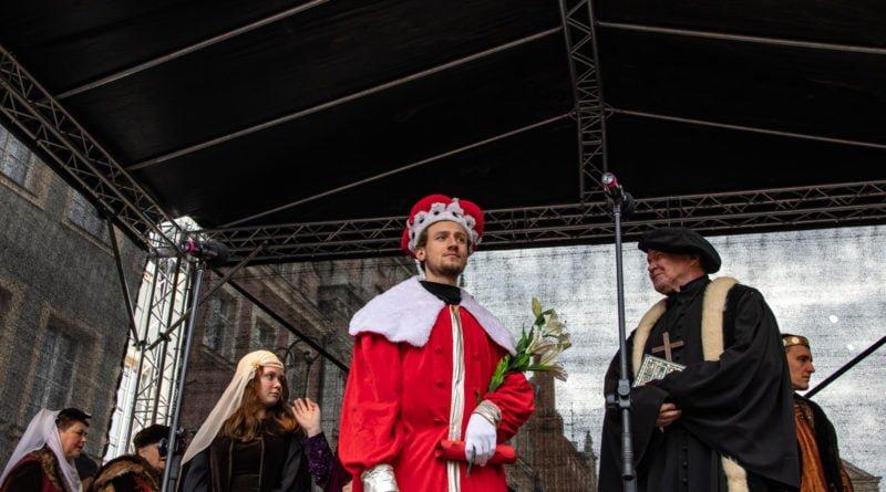 kaziuk wilenski 2019 60 800x445 - 26 Kaziuk Wileński w Poznaniu - Orszak królewski na Starym Rynku (zdjęcia)