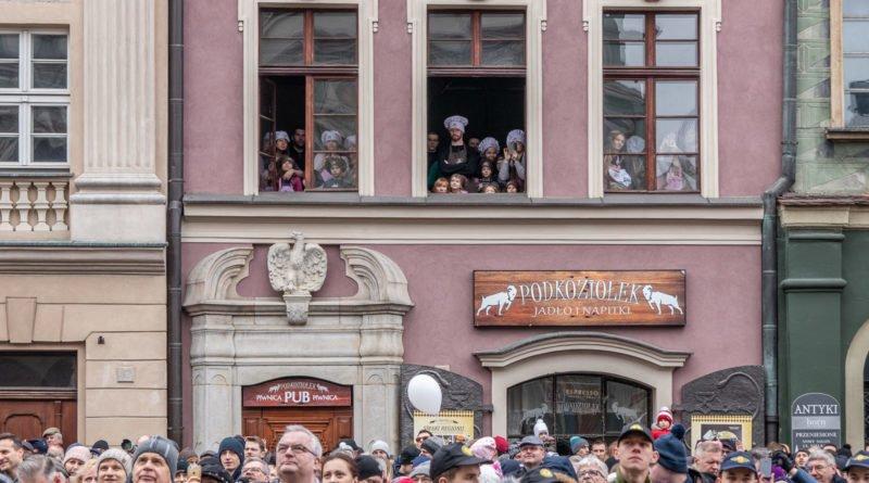kaziuk wilenski 2019 7 800x445 - 26 Kaziuk Wileński w Poznaniu - Orszak królewski na Starym Rynku (zdjęcia)