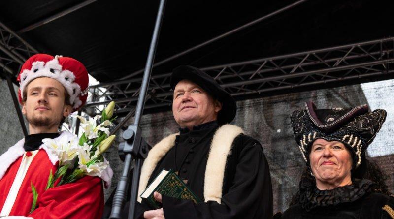 kaziuk wilenski 2019 81 800x445 - 26 Kaziuk Wileński w Poznaniu - Orszak królewski na Starym Rynku (zdjęcia)