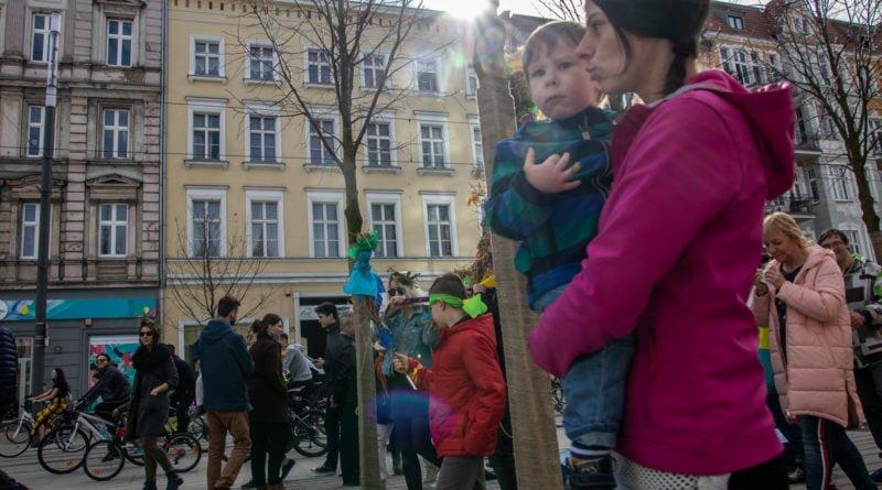 pogrzeb zimy 16 800x445 - Poznań: Pożegnanie zimy i radosne przywitanie wiosny!