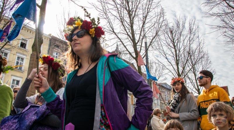 pogrzeb zimy 22 800x445 - Poznań: Pożegnanie zimy i radosne przywitanie wiosny!