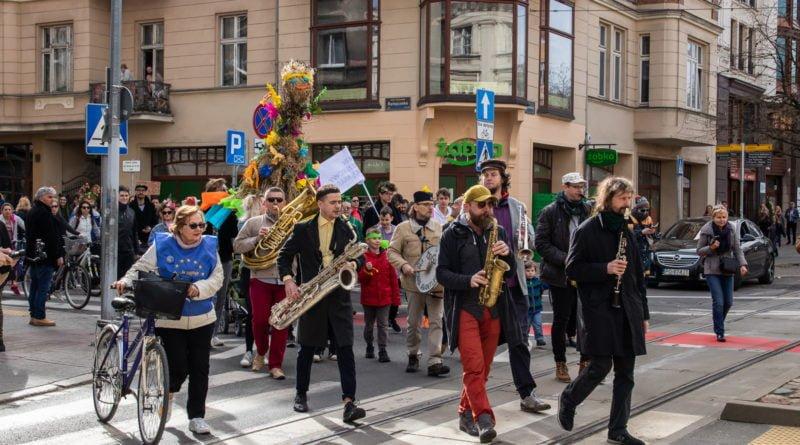 pogrzeb zimy 27 800x445 - Poznań: Pożegnanie zimy i radosne przywitanie wiosny!