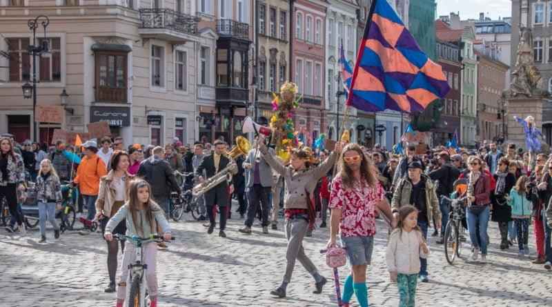 pogrzeb zimy 45 800x445 - Poznań: Pożegnanie zimy i radosne przywitanie wiosny!