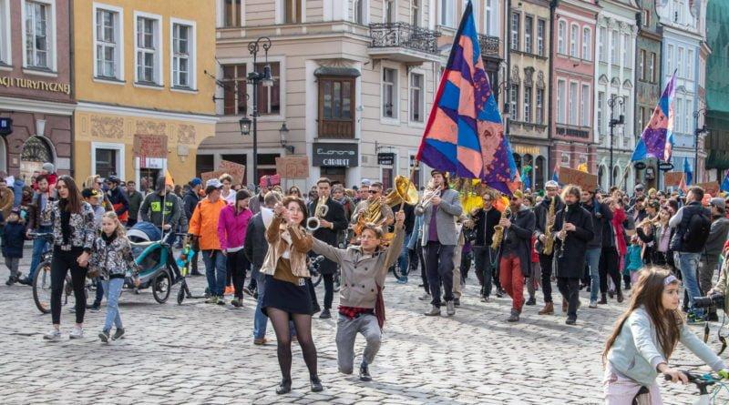 pogrzeb zimy 46 800x445 - Poznań: Pożegnanie zimy i radosne przywitanie wiosny!