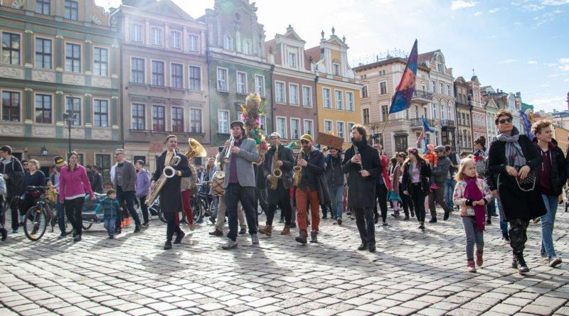 pogrzeb zimy 50 800x445 - Poznań: Pożegnanie zimy i radosne przywitanie wiosny!