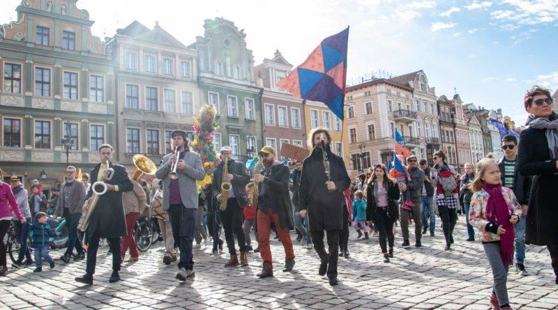 pogrzeb zimy 51 800x445 - Poznań: Pożegnanie zimy i radosne przywitanie wiosny!