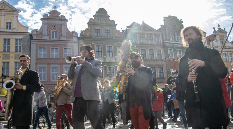 pogrzeb zimy 53 800x445 - Poznań: Pożegnanie zimy i radosne przywitanie wiosny!