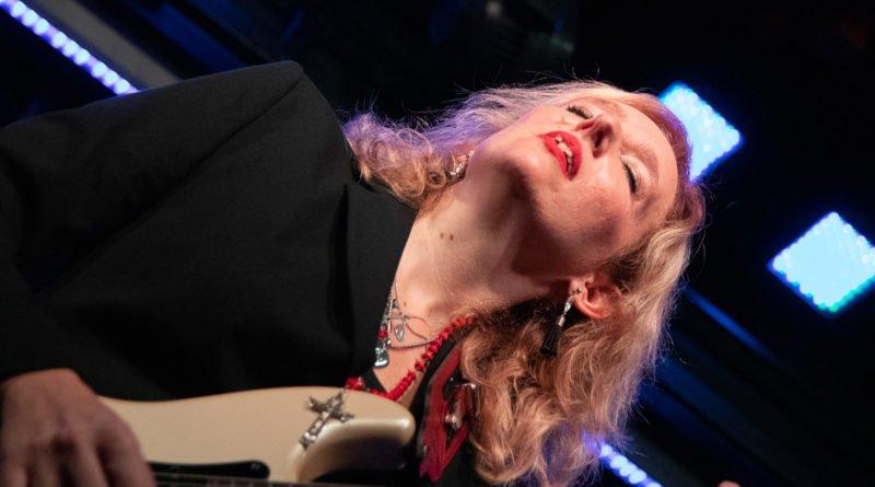 vanessa harbek high heels tango 116 800x445 - High Heels Tango - argentyńska artystka Vanesa Harbek wystąpiła w Poznaniu