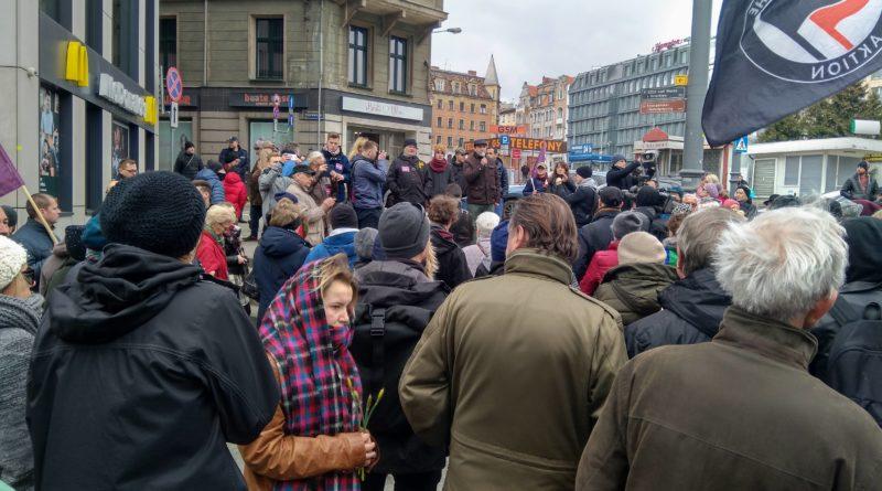 w miescie odbyla sie demonstracja przeciwko rasizmowi i faszyzmowi 2 800x445 - Poznań: W mieście odbyła się demonstracja przeciwko rasizmowi i faszyzmowi