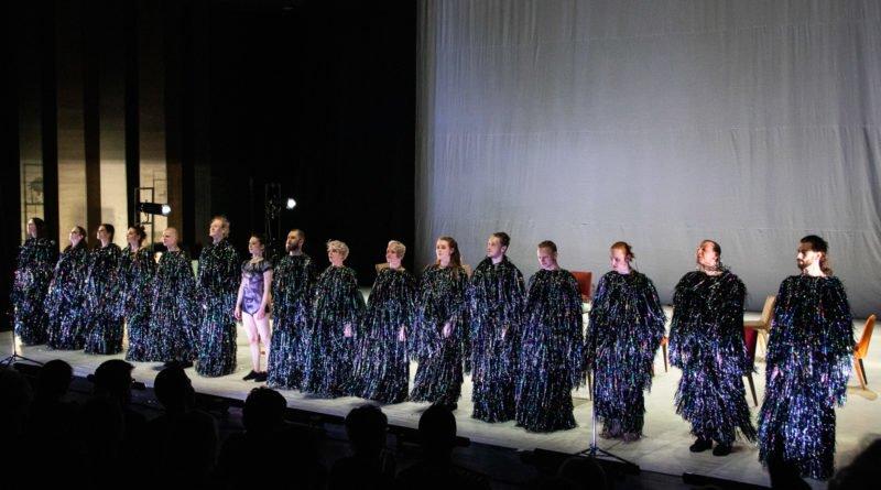 wesele poprawiny polski teatr tanca 1 800x445 - Wesele. Poprawiny reż. Marcin Liber - Polski Teatr Tańca obchodzi 45 lat
