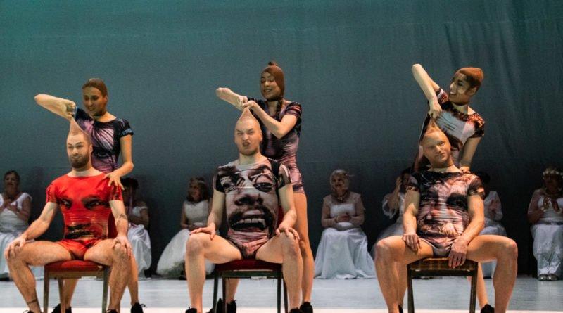 wesele poprawiny polski teatr tanca 103 800x445 - Wesele. Poprawiny reż. Marcin Liber - Polski Teatr Tańca obchodzi 45 lat