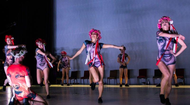 wesele poprawiny polski teatr tanca 25 800x445 - Wesele. Poprawiny reż. Marcin Liber - Polski Teatr Tańca obchodzi 45 lat