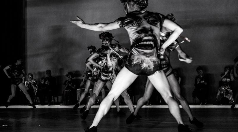 wesele poprawiny polski teatr tanca 29 800x445 - Wesele. Poprawiny reż. Marcin Liber - Polski Teatr Tańca obchodzi 45 lat