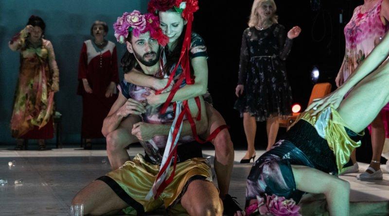 wesele poprawiny polski teatr tanca 61 800x445 - Wesele. Poprawiny reż. Marcin Liber - Polski Teatr Tańca obchodzi 45 lat