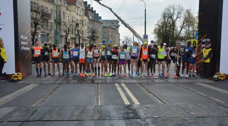 12. pko poznan polmaraton fot. karolina adamska 11 800x445 - 12. PKO Poznań Półmaraton: Etiopczyk wygrywa bieg (zdjęcia)