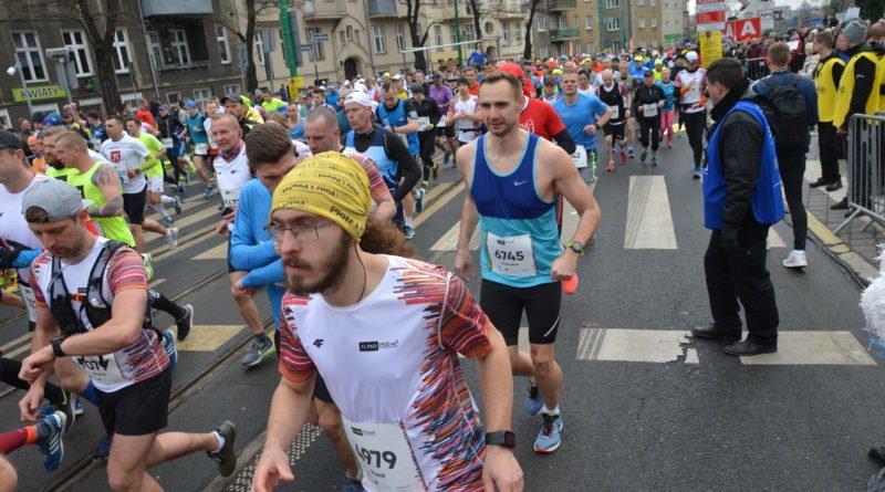 12. pko poznan polmaraton fot. karolina adamska 15 800x445 - 12. PKO Poznań Półmaraton: Etiopczyk wygrywa bieg (zdjęcia)
