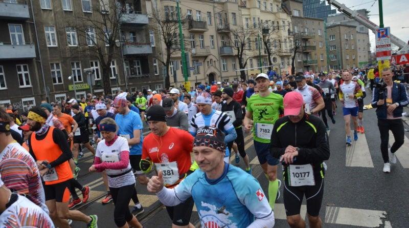12. pko poznan polmaraton fot. karolina adamska 17 800x445 - 12. PKO Poznań Półmaraton: Etiopczyk wygrywa bieg (zdjęcia)
