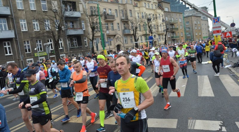12. pko poznan polmaraton fot. karolina adamska 18 800x445 - 12. PKO Poznań Półmaraton: Etiopczyk wygrywa bieg (zdjęcia)