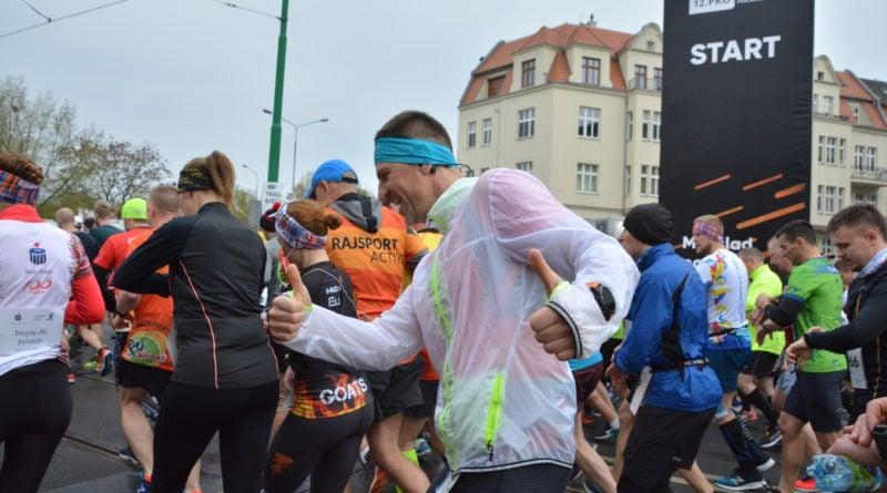 12. pko poznan polmaraton fot. karolina adamska 23 800x445 - 12. PKO Poznań Półmaraton: Etiopczyk wygrywa bieg (zdjęcia)