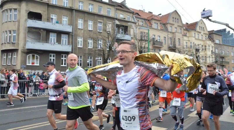 12. pko poznan polmaraton fot. karolina adamska 24 800x445 - 12. PKO Poznań Półmaraton: Etiopczyk wygrywa bieg (zdjęcia)