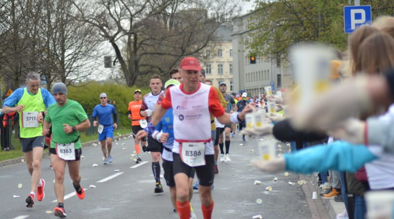 12. pko poznan polmaraton fot. karolina adamska 3 800x445 - 12. PKO Poznań Półmaraton: Etiopczyk wygrywa bieg (zdjęcia)