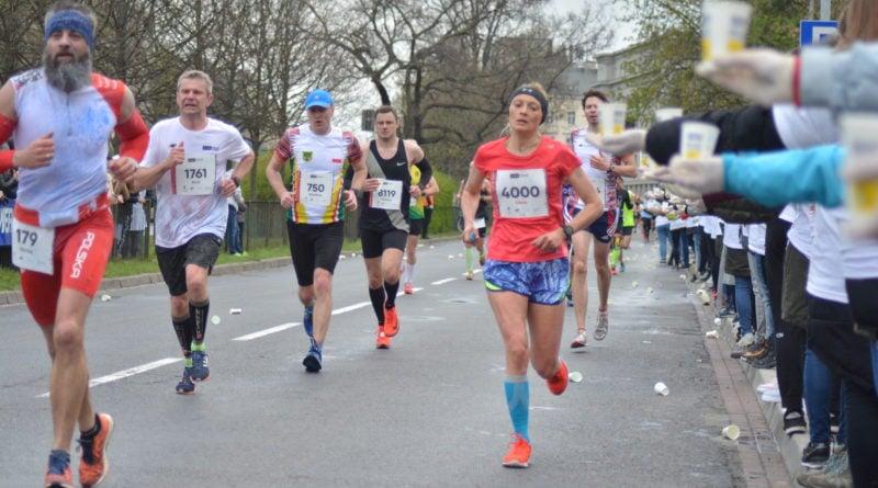 12. pko poznan polmaraton fot. karolina adamska 34 800x445 - 12. PKO Poznań Półmaraton: Etiopczyk wygrywa bieg (zdjęcia)