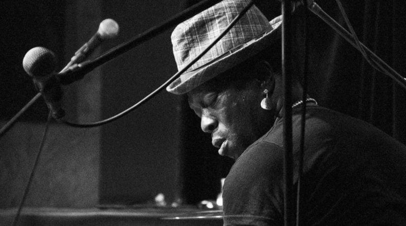era jazzu afroistic trio 108 800x445 - Afroistic Trio – Afro Roots & Funky Jazz  - Era Jazzu