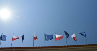 flaga polski unii europejskiej 390x205 - Wybory do Parlamentu Europejskiego. Zobacz wyniki!