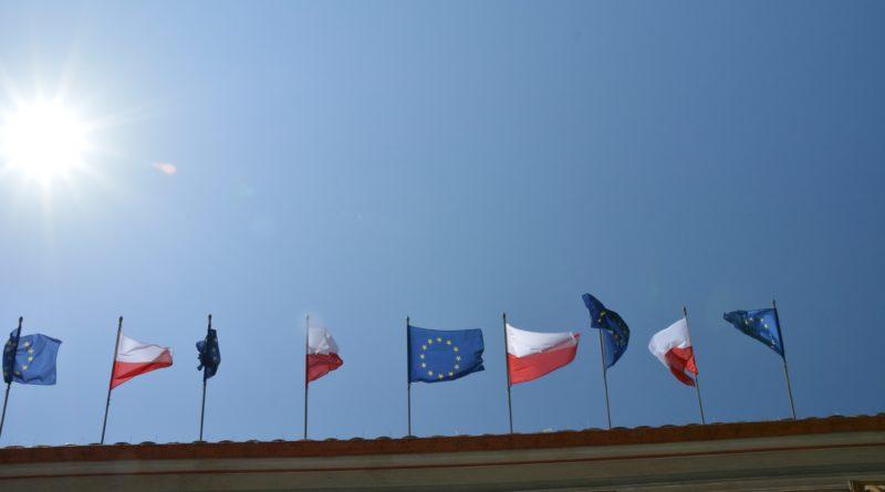 flaga polski unii europejskiej 800x445 - Wybory do Parlamentu Europejskiego. Zobacz wyniki!
