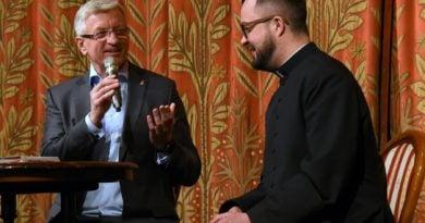 Jacek Jaśkowiak i ksiądz Radek Rakowski
