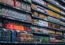 Poznań: Klient bezobsługowego sklepu uwięziony w placówce