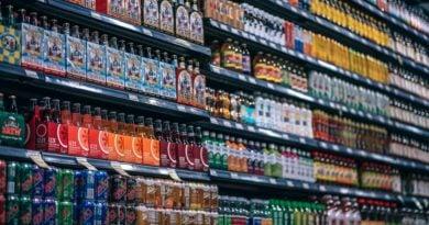 market 390x205 - Inflacja poszła w górę. W grudniu ceny gwałtownie wystrzeliły