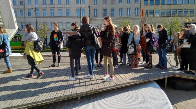 marsz uczniow 1 800x445 - Poznań: Wolność, równość, edukacja! - marsz uczniów przeszedł ulicami