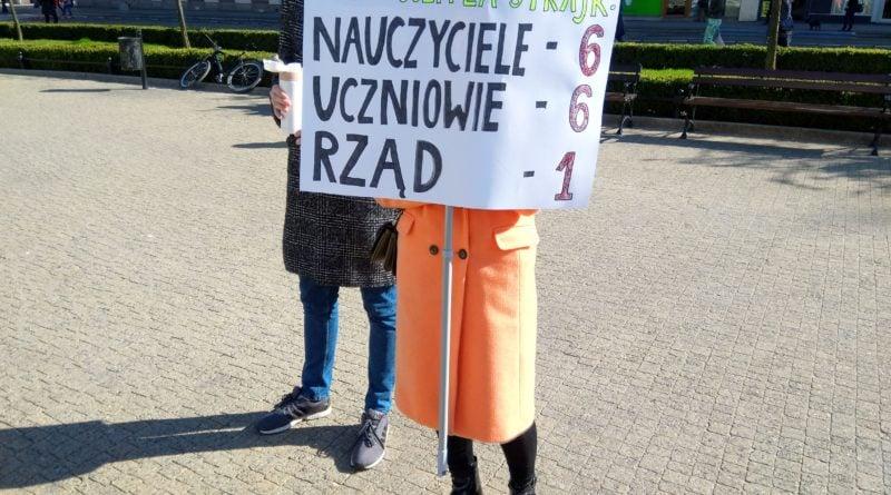 marsz uczniow 10 800x445 - Poznań: Wolność, równość, edukacja! - marsz uczniów przeszedł ulicami